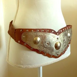 A plated leather belt